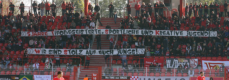 http://unveu.de/2011-2012/vskarlsruhe/11_10_15vskarlsruhe41.jpg